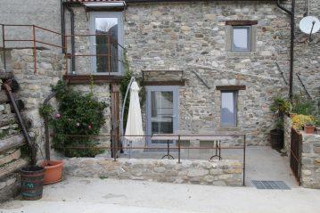 In questa fotografia si vedono le due case di Mobilità Informatica e le loro terrazze private.